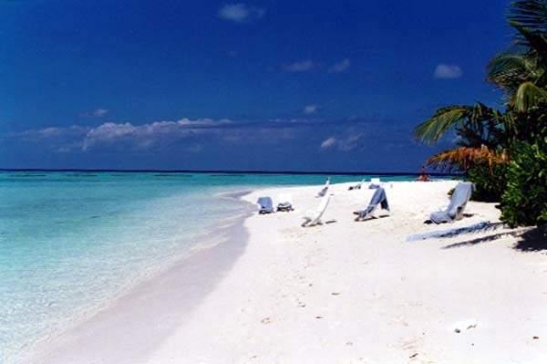 Maafushivaru for Piani cottage sulla spiaggia su palafitte